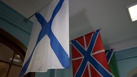 A bandeira da marinha do russo, igualmente conhecida como a bandeira do ` s de St Andrews vídeos de arquivo