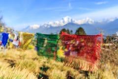 Bandeira da oração no monte de Poon em Nepal Foto de Stock