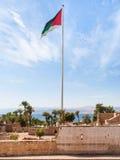 Bandeira da revolta árabe sobre o forte de Aqaba fotos de stock royalty free
