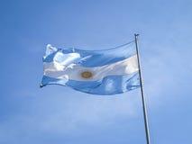 Bandeira de Argentina em um pólo Imagens de Stock