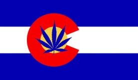 Bandeira de Colorado com folha da marijuana ilustração do vetor