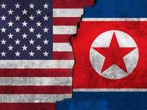 Bandeira de Estados Unidos e de Coreia do Norte imagens de stock royalty free