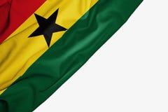 Bandeira de Gana da tela com copyspace para seu texto no fundo branco imagens de stock
