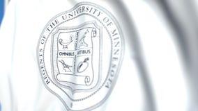Bandeira de ondulação com a universidade do emblema das cidades geminadas de Minnesota, close-up Animação 3D loopable editorial vídeos de arquivo