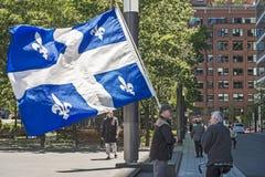 Bandeira de Quebeque foto de stock royalty free