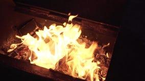 Bandeira de queimadura de Inglaterra vídeos de arquivo