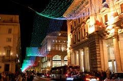 Bandeira decorativa na rua principal de Roma. Fotos de Stock Royalty Free