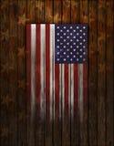 Bandeira do Estados Unidos pintada na parede de madeira velha Fotos de Stock Royalty Free