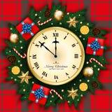A bandeira do Feliz Natal com pulso de disparo, caixa de presente, pinho ramifica decoração Fotos de Stock