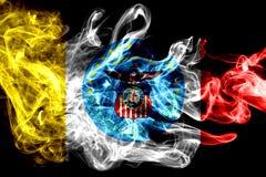Bandeira do fumo da cidade de Columbo, estado de Ohio, Estados Unidos da América fotografia de stock