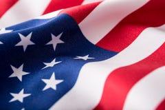 Bandeira dos EUA Bandeira americana Vento de sopro da bandeira americana Close-up Tiro do estúdio Imagens de Stock