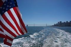Bandeira e o mar Fotos de Stock