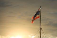 Bandeira tailandesa e luz solar Imagens de Stock