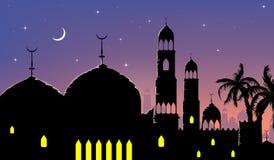 Bandeiras árabes da noite da cidade da arquitetura da cidade horizontal Fotografia de Stock