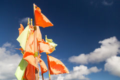 Bandeiras amarelas e alaranjadas imagens de stock royalty free