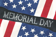 Bandeiras americanas com texto do Memorial Day no quadro-negro Foto de Stock Royalty Free