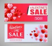 Bandeiras bonitas da venda do dia de Valentim com corações em Gray Background Foto de Stock Royalty Free