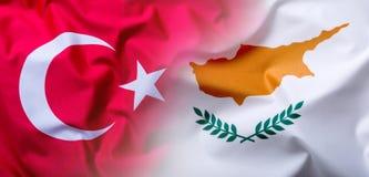 Bandeiras da Turquia e do Chipre fotografia de stock