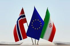 Bandeiras da UE de Noruega e do Irã fotografia de stock royalty free