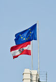 Bandeiras de Áustria e da União Europeia Imagem de Stock Royalty Free