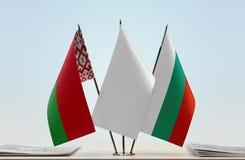 Bandeiras de Bielorrússia e de Bulgária foto de stock royalty free