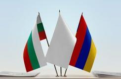 Bandeiras de Bulgária e de Armênia imagens de stock