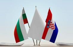 Bandeiras de Bulgária e de Croácia fotos de stock royalty free