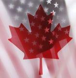 Bandeiras de Estados Unidos e de Canadá Imagem de Stock Royalty Free