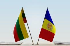 Bandeiras de Lituânia e de Andorra fotos de stock