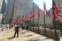 Bandeiras de Memorial Day em Rockefeller Centerl Foto de Stock