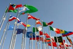 Bandeiras de países diferentes fotografia de stock