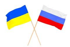 Bandeiras de Ucrânia e de Rússia Fotografia de Stock Royalty Free