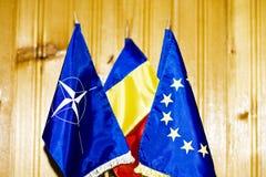 Bandeiras diplomáticas fotografia de stock