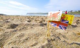 Bandeiras do castelo de areia Imagem de Stock Royalty Free