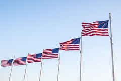 Bandeiras do Estados Unidos que voam no vento 3 Fotografia de Stock Royalty Free
