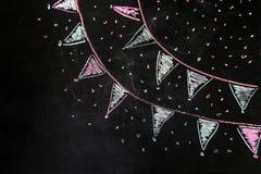 Bandeiras do giz de desenho no fundo preto imagem de stock