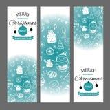 Bandeiras do Natal ajustadas com elementos do projeto no estilo da garatuja Com quadros da neve no fundo branco ilustração stock