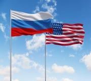Bandeiras dos EUA e da Rússia imagem de stock