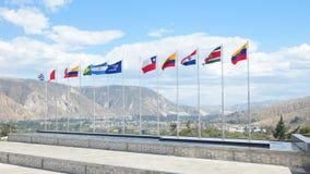 Bandeiras dos países de UNASUR É uma organização regional intergovernamental que compreende 12 sul - países americanos Foto de Stock Royalty Free