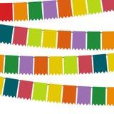 Bandeiras e festões coloridas da estamenha para a decoração Fotografia de Stock
