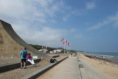Bandeiras em Omaha Beach, França Imagem de Stock