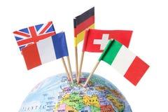Bandeiras européias no globo fotos de stock royalty free