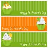Bandeiras horizontais do queque do dia de Patrick s Imagens de Stock
