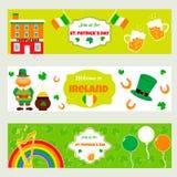 Bandeiras irlandesas com símbolos, caráteres e elementos tradicionais Aperfeiçoe para o dia do ` s de St Patrick ilustração royalty free