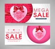 Bandeiras mega da venda do dia de Valentim ajustadas com corações e fitas Imagem de Stock