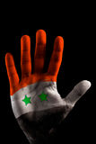 Bandeiras PINTADAS das mãos - cor de Syria no dedo aberto Imagens de Stock Royalty Free