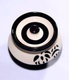 Bandeja cerâmica do potenciômetro com projetos do estêncil Fotos de Stock