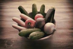 Bandeja com vegetais imagens de stock