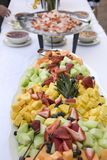 Bandeja da fruta fresca Fotos de Stock Royalty Free