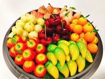Bandeja de choup dado forma fruto dos feijões de mung ou do olhar de Kanom Fotos de Stock